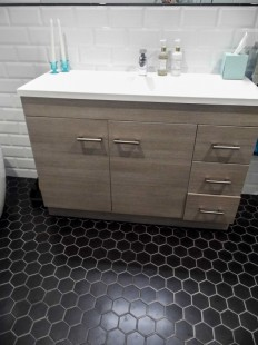 Bathroom Wyoming Ave Hexagonal floor tiles.jpg (637×850)