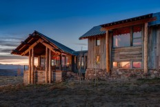 Wolf Creek Ranch - Log Home with traditional ranch architecture