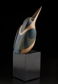 K?tare • Kingfisher by Rex Homan, M?ori artist (KR121005) | sculpture | Pinterest
