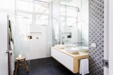 Dee and Darren knock $20k off their reserve with en suite - The Interiors Addict