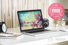 Free PSD Mockup MacBook Pro Pasadena on