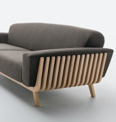Hamper Sofa by Montanelli + Riva in Minimalist Design