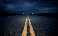 6972-empty-road-at-night-hd-wallpaper.jpg (2560×1600)