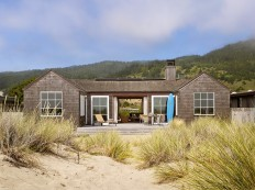 Traditional beach house in Northern California: Stinson Beach House