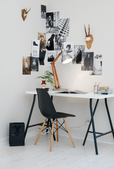 Black & Tan Desk on Inspirationde