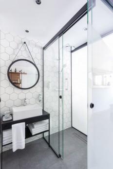 Hex-cellent: Jump on the hexagon decor trend | ?azienka