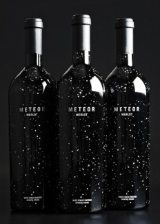 Meteor Merlot : Lovely Package® . Curating the very best packaging design. in Wine