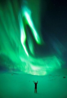 "Earth Pics no Twitter: ""Northern Lights, Aurora Borealis http://t.co/sGFynF4CbD"" ."