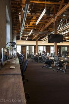 GitHub HQ | MASHstudios | Wood Work Stations http://mashstudios.com/2014/04/30/github-2/ | Workspace / restaurant / Office / working | Pinterest | Work Station…