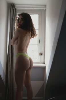 Hump Day Dopeness – Part 1 (30 Pics) | Sneakhype