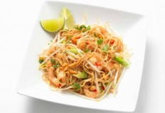 Pad Thai (Traditional Thai Stir-Fried Noodles) Recipe