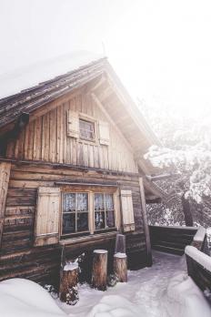 wnderlst: Cabin in Austria - Neat & Proper
