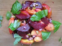 Gojee - Peach and Roasted Beet Salad