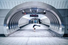 Urban Yoga Across The UK And NYC by Kristina Kashtanova