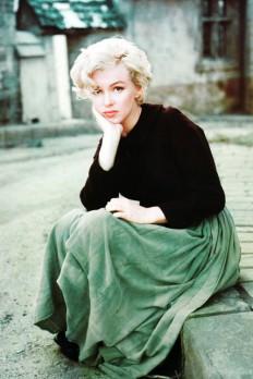 Vintage Breeze - vintagegal: Marilyn Monroe photographed by...