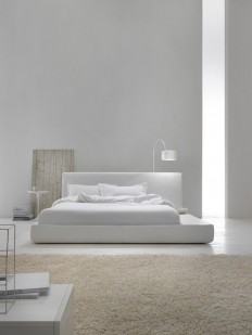 Contemporary minimalist interior white bedroom on Inspirationde
