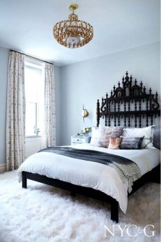 So many light colors wrapped up in such a beautiful space! The coolest thing about this room is the accents, such as the wrought iron headboard and… | Pinterest