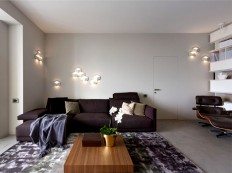 Apartment in Trendy Dark Colors - InteriorZine
