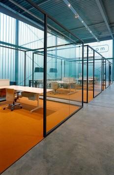 Glass office partition STRIJKERS PARTITION SYSTEM by Lensvelt design on Inspirationde