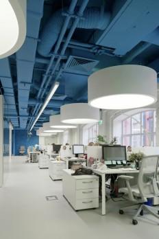 Oficinas OPTIMEDIA Media Agency / Nefa Architects On Inspirationde
