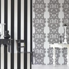 Into the Heart of My Home: The Most Flattering Wallpaper Patterns