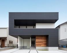 Endlose Linien: Dieses Haus wirkt durch die Verwendung von Linien und clever eingesetzten Möbeln geräumig und endlos