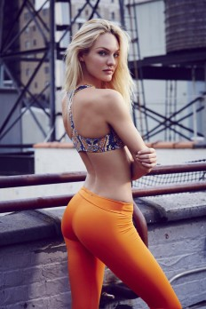 ?????? ???????? (Candice Swanepoel) – ??????? ?????? THE UPSIDE (?????-???? 2013) | ?????????? ????????????? - Starer ?