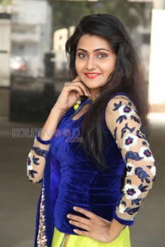 Actress Manumika Photo Gallery - Actress Manumika Photos 12 - Manumika Photos