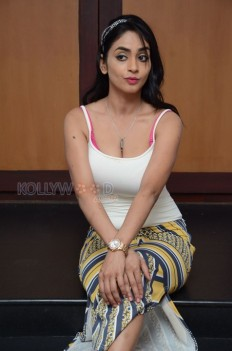 Actress Pooja Sri Photo Gallery - Musugu Movie Heroine Poojasri Photos 33 - Pooja Sri Photos