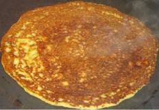 Karuveppilai Adai (Curry Leaves Adai) Recipe