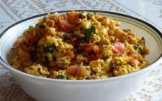 Paneer Podimas with Eggs Recipe