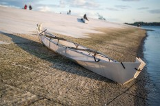Belgian Designers Have Created A Canoe For Two That Folds Away Into A Box » Design You Trust. Design, Culture & Society.