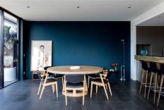 Contemporary Urban Dwelling by Stephen Collins Interior Design - InteriorZine