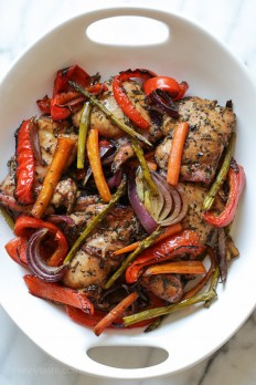 Balsamic Chicken with Roasted Vegetables | Skinnytaste