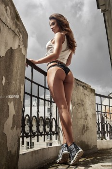 Girls in natural light, part 1 on