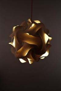 Naos - Luminaire original en chêne clair 100% fabriqué en France - Naos Lighting