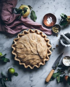 "Linda Lomelino on Instagram: ""I made an apple+pear pie with a hazelnut crust ?can't wait to taste it!"""