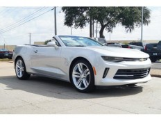 New 2017 Silver Ice Metallic Chevrolet Camaro 2dr Conv 2LT For Sale in Plano, TX | 1G1FD3DX1H0116495