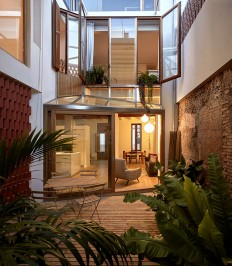 Renovation Project of a Small House in Valencia - InteriorZine