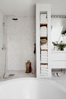 Plastered concrete shelves in the bathroom... | TANYESHA