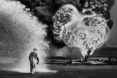 Pustynia w ogniu: zdj?cia p?on?cych szybów naftowych Kuwejtu | VICE | Polska