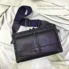 Valentino Garavani Rockstud Rolling Cross Body Bag Noir V281120