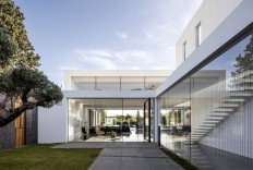 F House by Pitsou Kedem Architects - InteriorZine