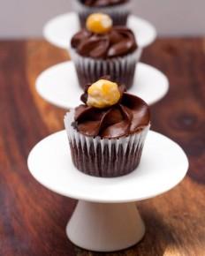 Chocolate Cupcakes with Hazelnut Frosting