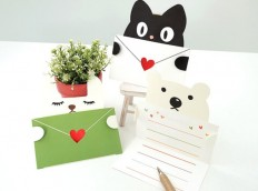 MochiThings: Heart Animal Message Card