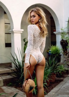 The Age of Alexis Ren list