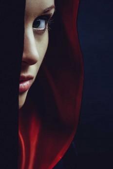 Conceptual and Fairy Tale Portrait Photography by Ivan Bliznetsov