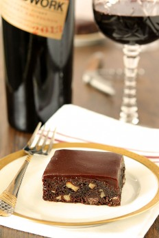 Red Wine Chocolate Brownies with Toasted Walnuts | Creative Culinary | A Denver, Colorado Food and Cocktail Blog