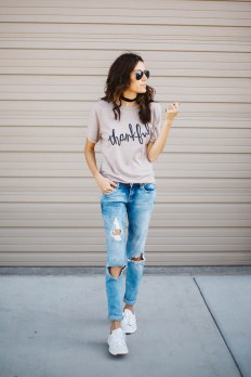 Chokers are a must-have for fall and winter!... - Street Style & Fashion Tips