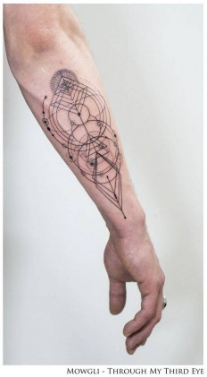 Inherent Truth – Geometric style tattoo on Inspirationde